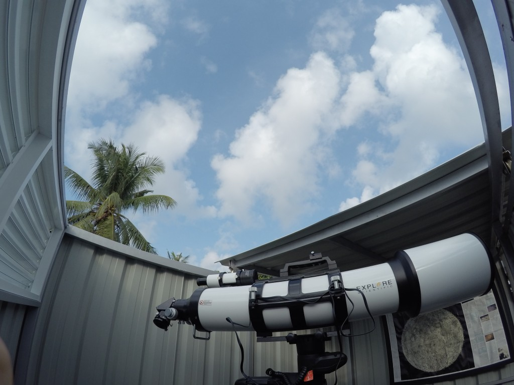 ES AR152, The classic air-spaced, crown-and-flint, doublet achromatic refractor is reborn with the aim to produce superior-class optical figure in a short (f/6.5) focal length design with Explore Scientific Air-Spaced Doublet AR Series.